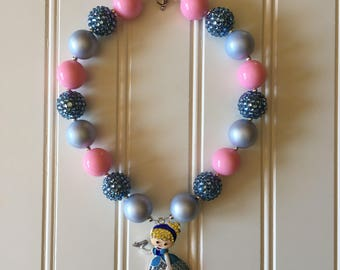 Cinderella Bubble Gum Bracelet - Cinderella Chunky Necklace - Princess Chunky Necklace - Little Girl Necklace - Cinderella Party Necklace