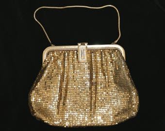 "Vintage WHITING & DAVIS 40's Gold Tone Mesh Purse Evening Bag - 7"" W x 5 1/2"" H"
