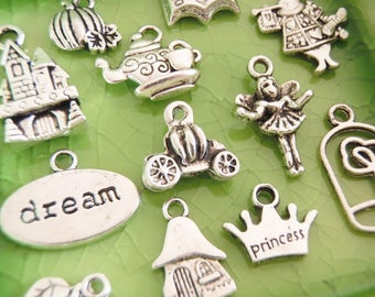 100 RANDOM Surprise Mystery Charms Fairytale Fantasy Alice in Wonderland Vampire Supernatural Fantasy Romance Girly Tree of Life - P0100-100
