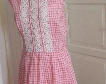 ON SALE ON Sale 50s Pink & White Gingham Dress,  Lace Trim, Sleeveless, Cotton, Picnic Dress,  Size M