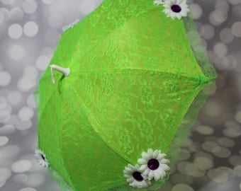 Girl's Green Lace Sun Umbrella with White Flowers - Flower Girl Parasol - Tea Party Sun Shade Parasol - Photo Prop - 17027