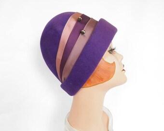 Lavender cloche hat, vintage purple pink woman's 1960s hat.