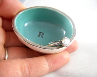 modern wedding gift idea, custom gift for a small wedding, tiny home gift for a couple, small ring dish, personalized tiny ring dish