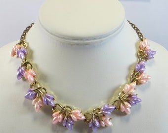 Pink and Lilac 1960's Thermoset Necklace, Gorgeous Vintage Thermoset Leaf Necklace Choker, Pink Violet Lavender 60s Vintage Necklace Choker