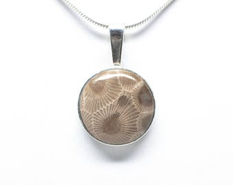 Sterling Silver Petoskey Stone 16mm Round Necklace