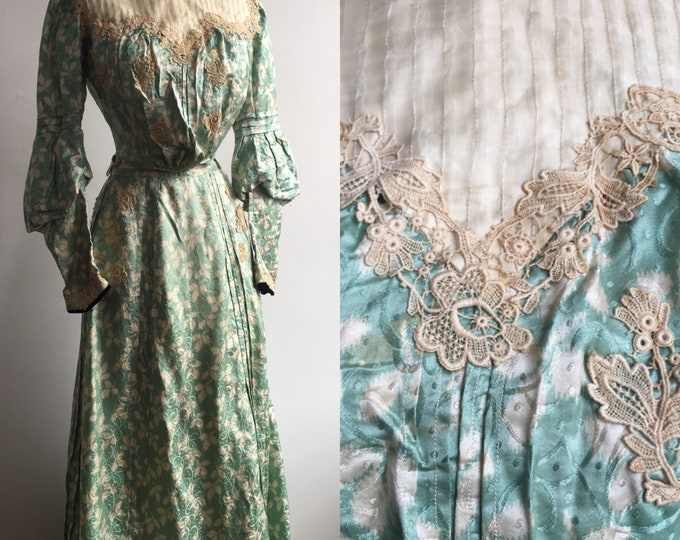 1900 Victorian Era Silk Gown