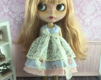 Blythe Vintage Lace Dress - Blue Floral with Apricot Spot