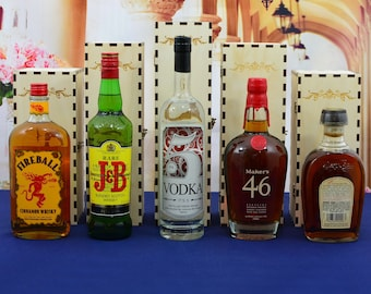 Wood Liquor Gift Box for a Single 750 ml Bottle Personalized by You