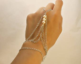 Ring bracelet with freshwater pearls (m5a)