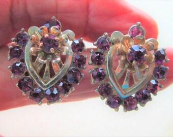 Barclay Purple Rhinestone Earrings Clip Gold Tone Vintage Flower 1950 Era Signed