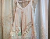 Cute Lacey Camisole, beige lace top, girlie romantic lace embellished soft ruffles dainty feminine PETITE JR XS Small