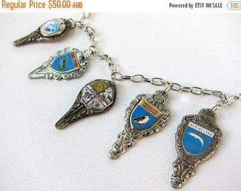 ON SALE Vintage 1960s and 1970s retro enamel seaside souvenir necklace