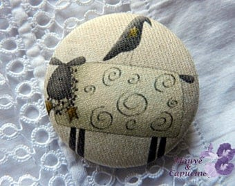 Fabric button, sheep, 1.25 in / 32 mm