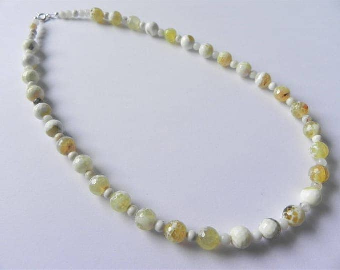 """Yellow agate and white opal gemstone necklace 17"""""""