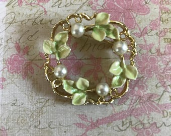 Vintage Gerry Leaf Wreath Brooch Pin - 1960's - Green and Gold with Faux Pearls - Signed - Jewelry