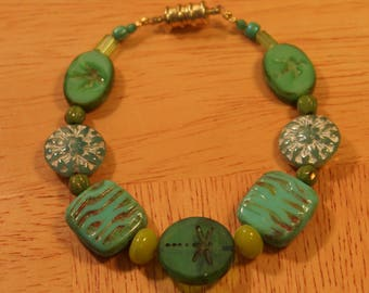Greens of Summer, Handmade Bracelet, Bird & Dragonfly Czech Glass Beads, Goldtone Magnetic Clasp, 7.5 inches