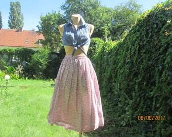Full Skirt / Full Skirt Floral / Pink Skirt Floral / Elastic Waist Skirt / Skirt Size EUR44 / UK16 / Side Slits / Full Skirt Floral