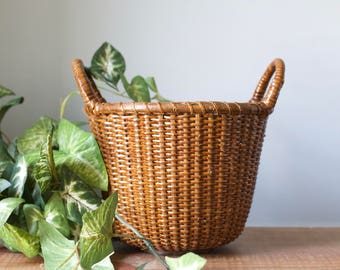 Vintage Round Woven Wicker Apple Basket | Bamboo Rattan Planter with Wooden Base | Fall Decor