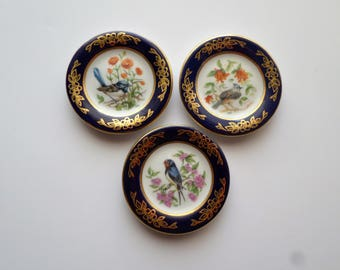Miniature Bird Plates , Franklin Porcelain, limited edition 1983 tufted titmouse, barn swallow, superb blue wren