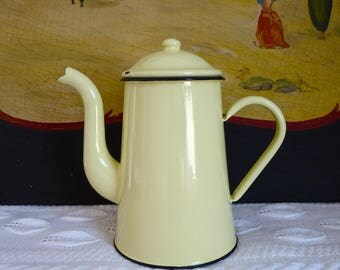 Vintage French Enamel Coffee Pot - Yellow Coffee Pot - lovely french enamelware - Cafe au Lait romantic cottage chic