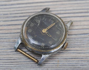 MOSCOW Vintage Soviet Russian wrist watch for parts.Didn't work.