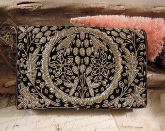 Vintage Black Velvet Silver Gold Stumpwork Embroidery Thread Handbag / Zardozi / Black Velvet Clutch / Evening Handbag / Wedding