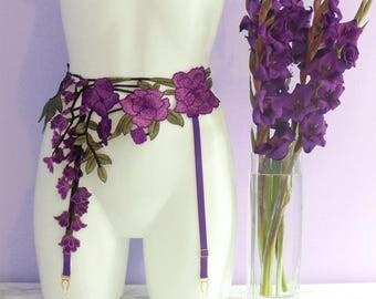 "Trailing Flowers floral embroidery appliqué suspender / garter belt in purple - size Medium, 29-32"" waist"
