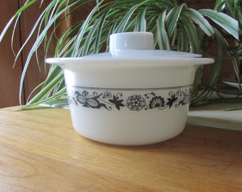 Pyrex Old Town Butter Dish Tub