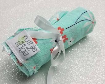 Swaddle blanket, wrap blanket, double gauze, cotton newborn wrap, muslin, Daisy, photography prop, baby blanket, modern baby girl, baby boy