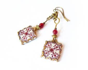 Boucles d'oreilles carrelages florales style vintage rouge-marron