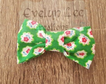 Green with Pink Flowers Hair Bow