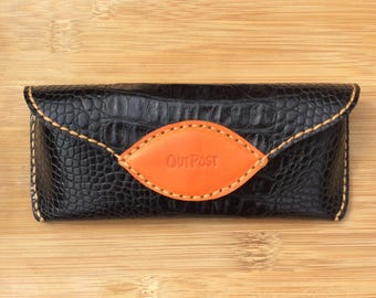 Leather glasses case, hand made and hand stitched