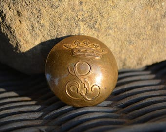 Rare Edwardian Crown Button with Initial L, Antique Victorian buttons, Vintage Decorative buttons, Vintage Jewelry Supplies