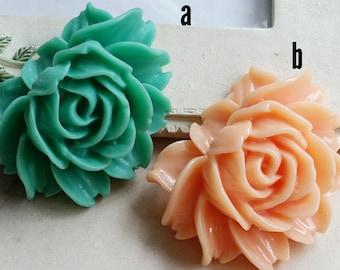 33 x 43 mm Green / Peach  Colour Resin Flower Cabochons (B) (.uu) (zzb)