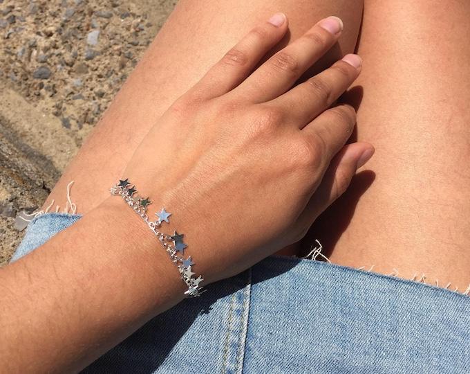 Silver bracelet,Dainty bracelet, Silver star bracelet,Star bracelet,chic bracelet,unique bracelet,bracelet,women jewelry,shiny bracelet,gift
