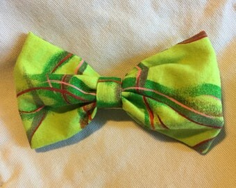 Green Batik Patterned fabric Mini Bow