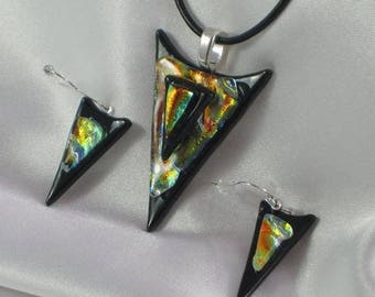VENUS fused glass jewelry pendant with necklace and earrings
