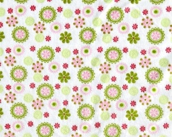 ON SALE Daisy Minky, Pink Minky, Smooth Minky, Green Minky, Soft Fabric, 1 Yard Fabric