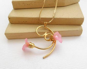 Vintage Pink Pearl Orchid Flower Gold Victorian Style Pendant Necklace JJ26