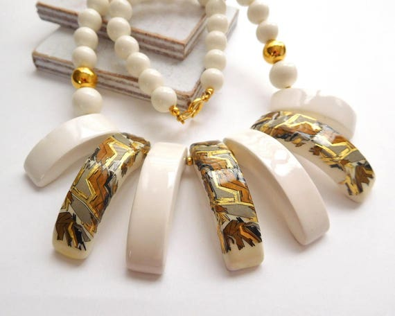 Vintage Japan Painted White Brown Gold Ceramic Tribal Pattern Bead Necklace Y16