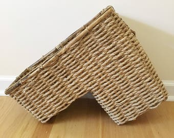 Vintage Wicker Woven Stair Step Organization Basket Holder    Farmhouse  Home Decor    Shabby