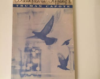 Vintage International: Breakfast at Tiffany's by Truman Capote (1993, Paperback)