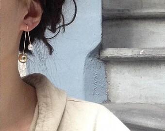 ON SALE Pearl & gold ball triangle hook earrings - dainty earrings