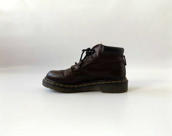 dr marten leather boots - women's size US 6 / UK 4 - vintage 90s grunge punk ankle boot - made in england - 1990s brown pebbled leather docs