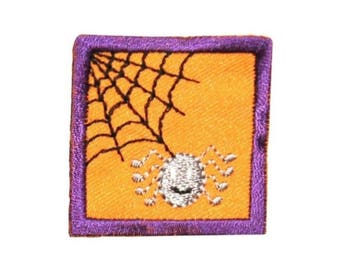 ID 0838B Spider In Web Badge Patch Halloween Scene Embroidered Iron On Applique