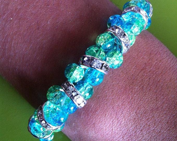 Bracelet cracked small glass beads