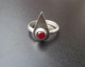 sterling silver 6mm Carnelian teardrop setting gemstone ring