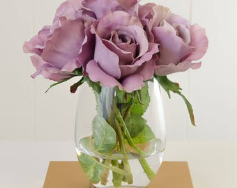 Purple Silk Rose Arrangement with Artificial Rose Flowers and Faux Water in Glass Vase for Home Decor