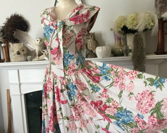 Floral 80s Does 50s Bow Collar Summer Dress
