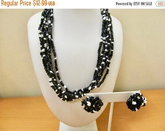 ON SALE Vintage 2pc Black and White Plastic Beaded Necklace and Earring Set Item K # 741